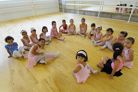 destaque ballet classico infantil iris ativa lina penteado